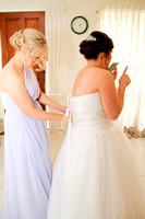 Dressing the Bride_013