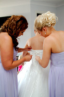 Dressing the Bride_020