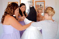 Dressing the Bride_007